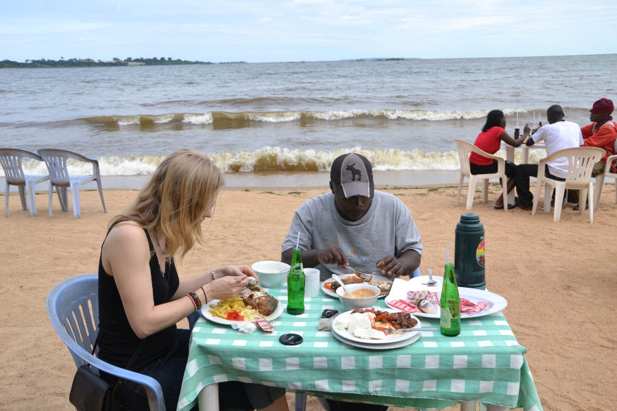 Uwec & botanical gardens Entebbe day trip